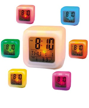 Jam Kubus LED Digital Warna-Warni